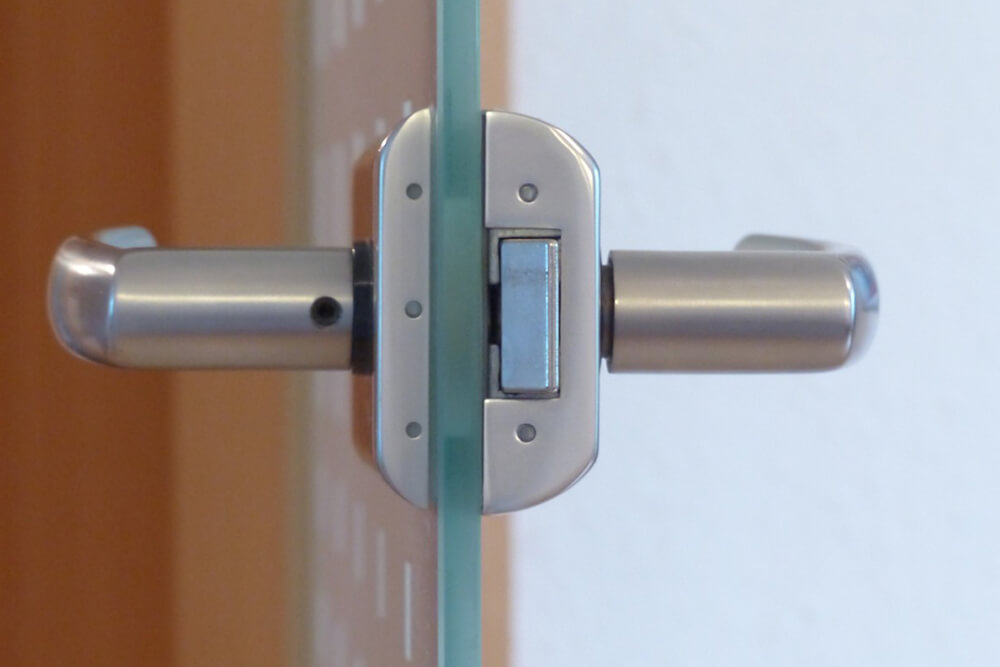 "Choose Us for Door Lock Repair Services When Looking ""Near Me"""